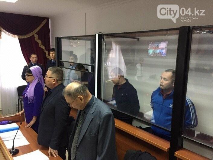 52 узбекистанца сгорели в автобусе: суд в Актобе вынес приговор водителям , фото-2