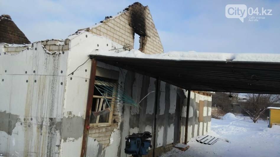 Без крыши над головой осталась семья в Актобе  , фото-1