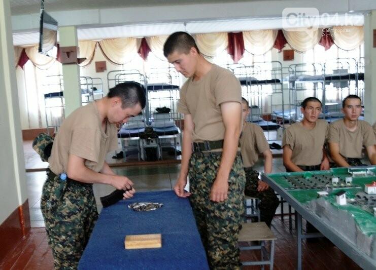 В Актобе ряды гвардейцев пополнились на 200 молодых солдат, фото-1