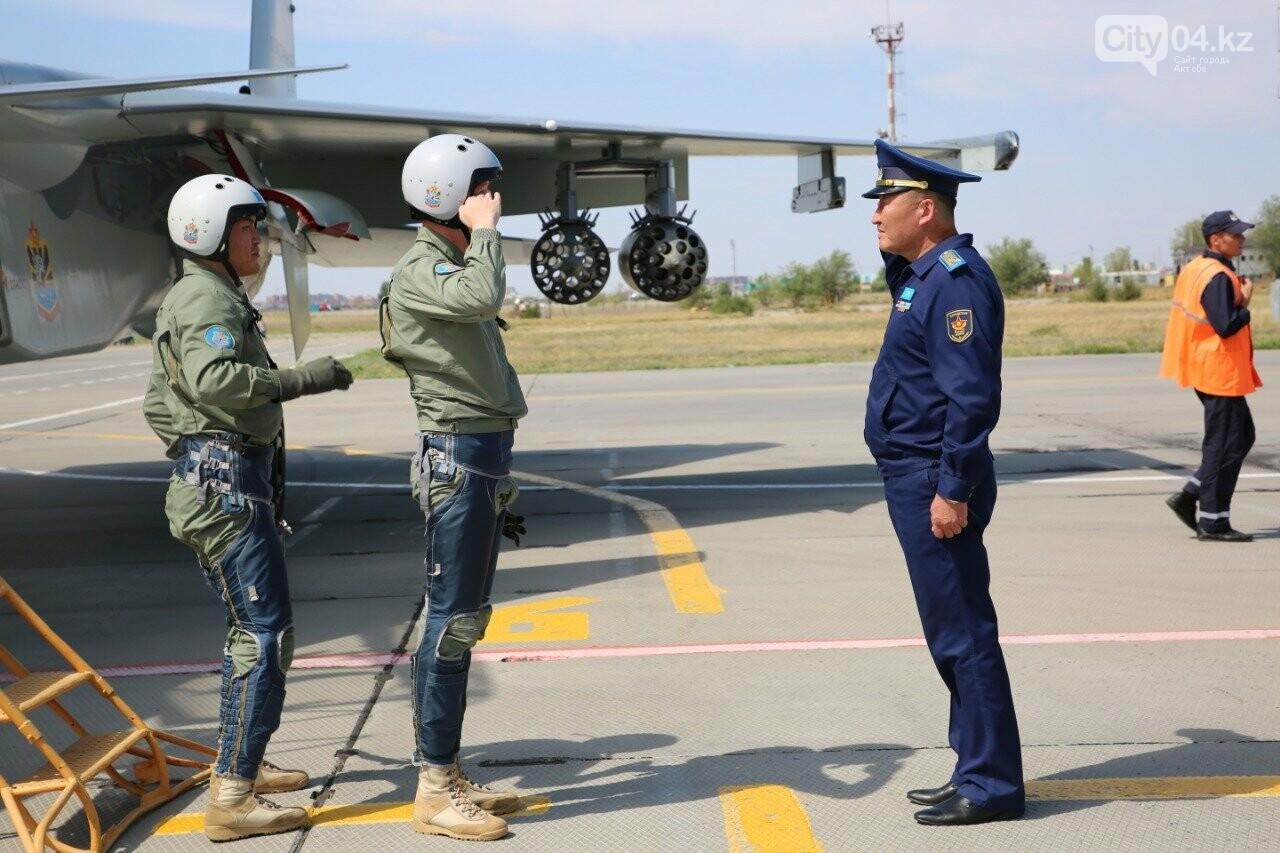 Актюбинские летчики подарили стране бронзовые медали «Авиадартса», фото-2