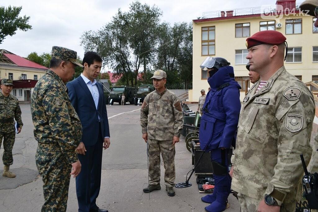 Аким ЗКО посетил воинскую часть Нацгвардии в Уральске, фото-2