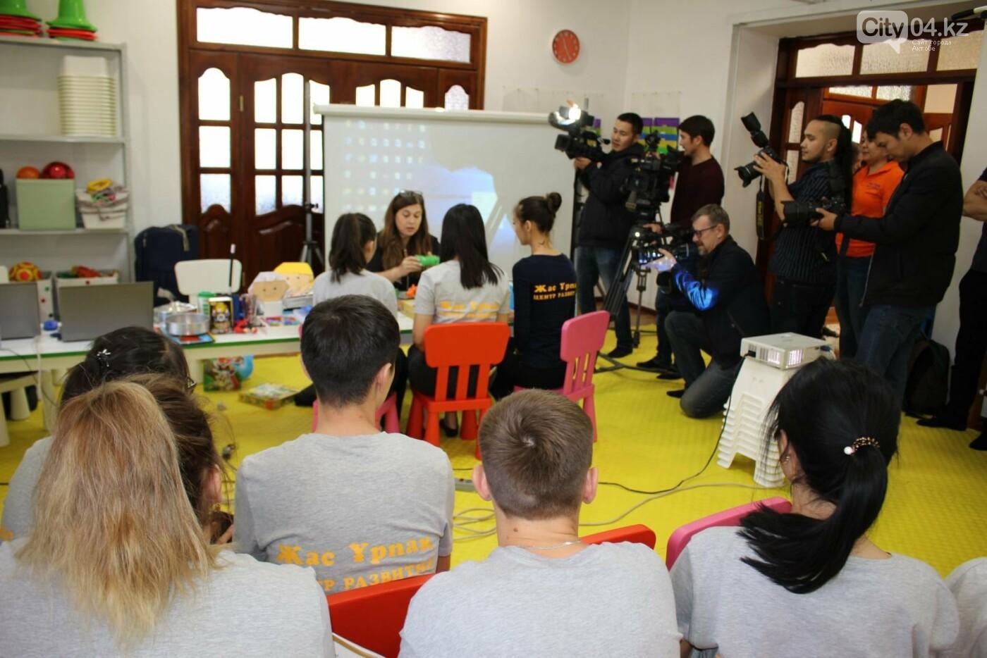 Израильские специалисты обучают сотрудников центра для особенных детей, фото-1