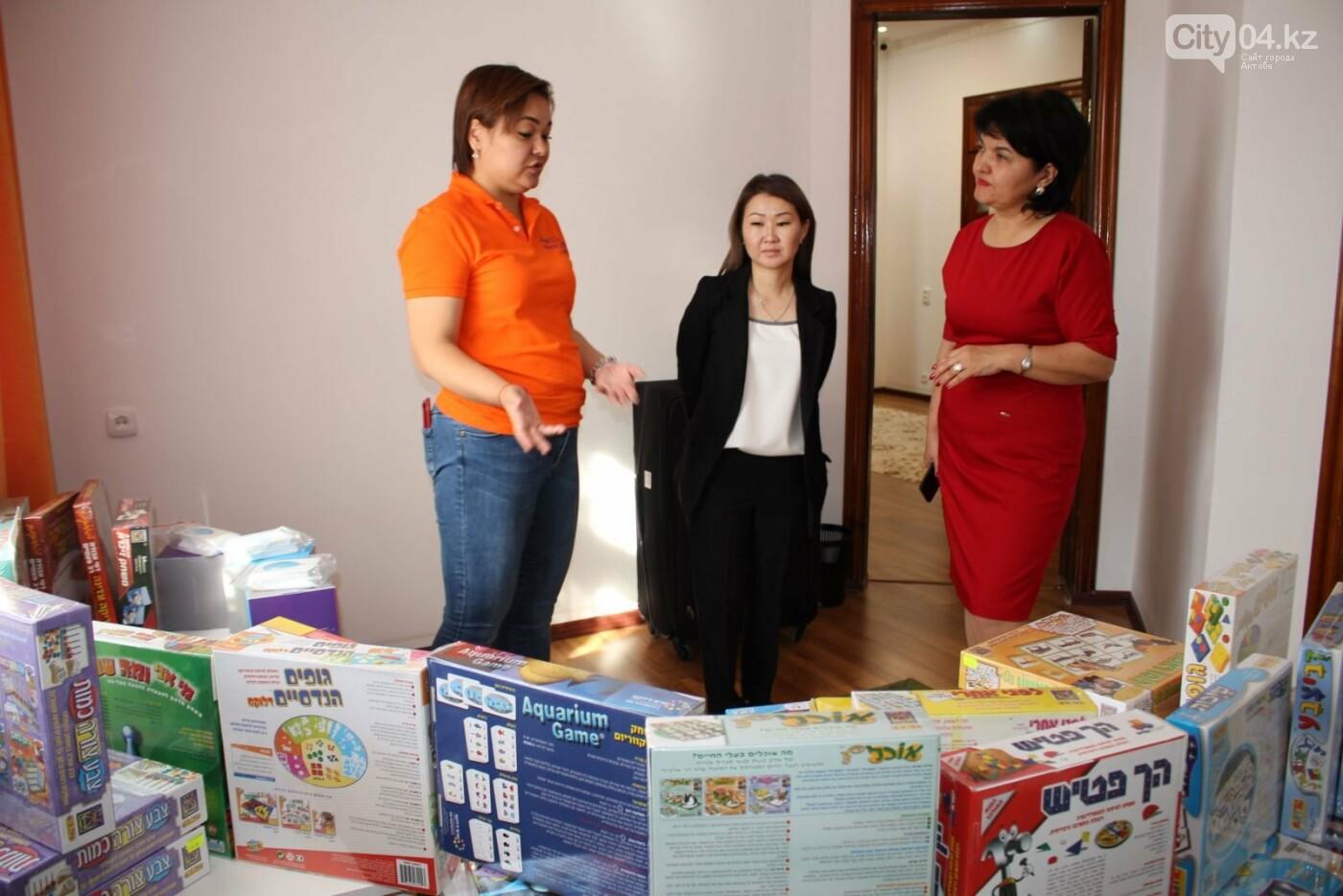 Израильские специалисты обучают сотрудников центра для особенных детей, фото-3