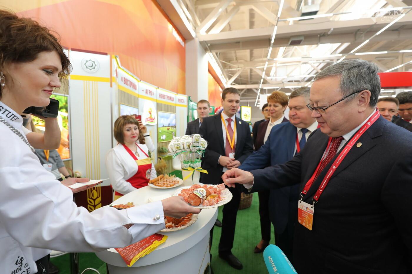 Актюбинцы представляют продукцию на международной выставке в Оренбурге, фото-3