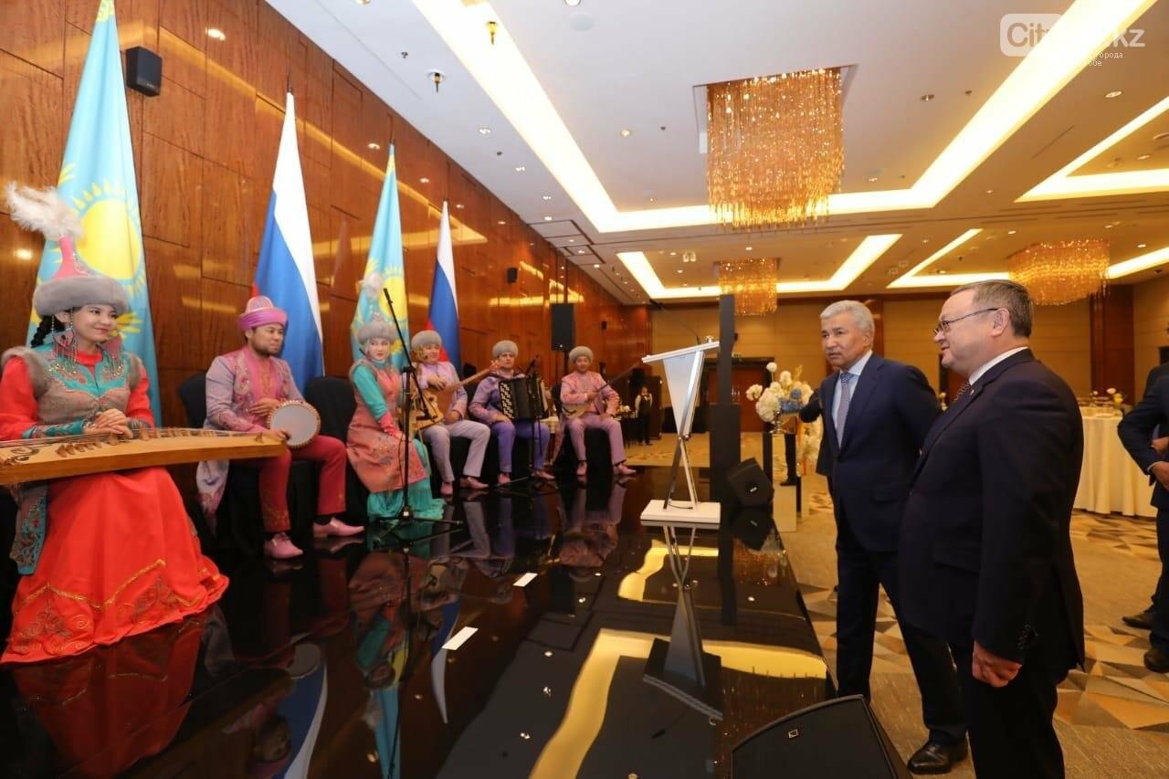 В Москве проходят выставки деятелей культуры из Актобе, фото-2