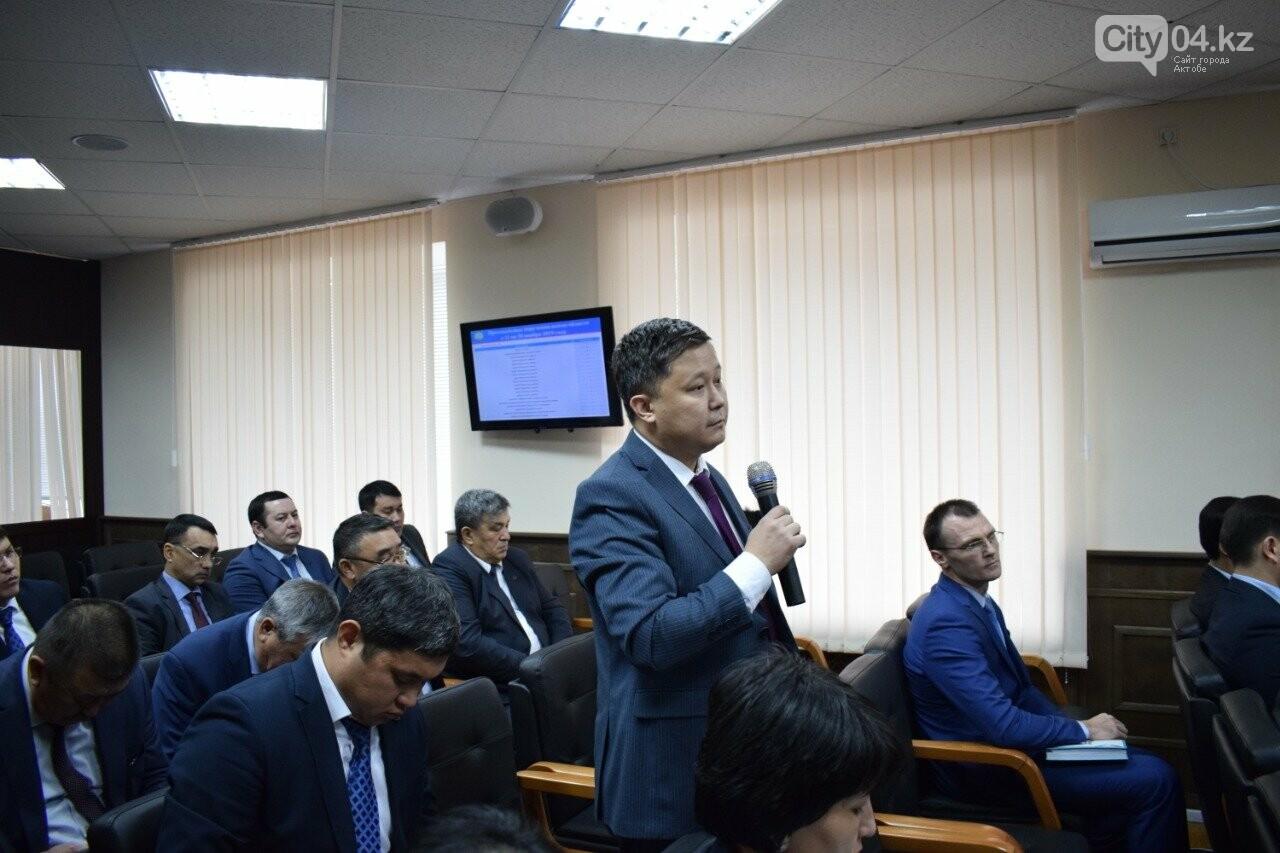 Аким Актюбинской области отчитал подчиненных за невыполнение проектов, фото-2