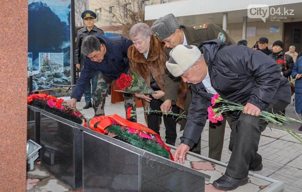 Мемориальную доску памяти «Кара майора» открыли в Алматы, фото-1
