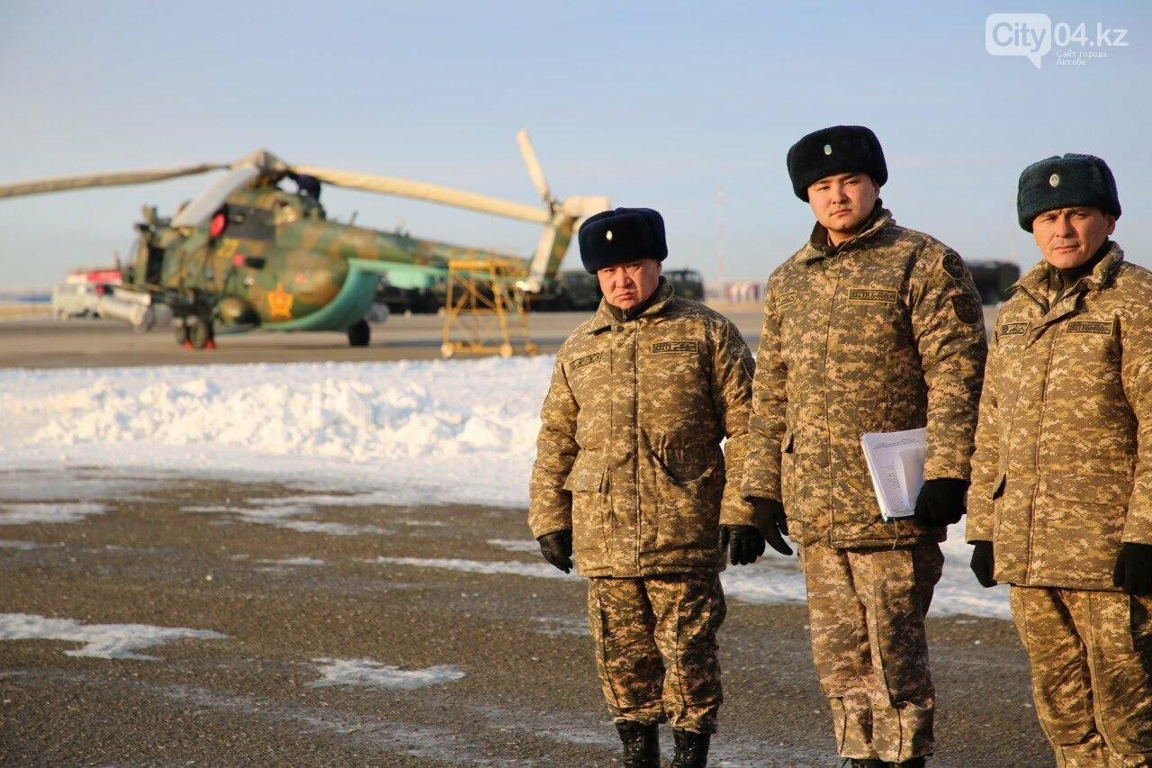 """Слепые"" полеты на вертолете отработали летчики ВИСВО, фото-6"