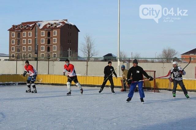 Пожарные выходят на лед, фото-1